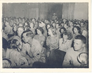 Courtroom gallery of spectators, Manila, P.I.