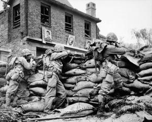 Sept. 1950, U.S. troops in Seoul