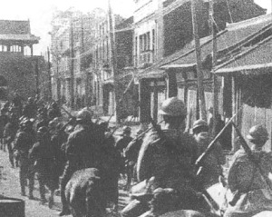 Japanese soldiers entering Shenyang, 1931