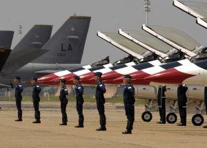 Thunderbird pilots w/ their planes