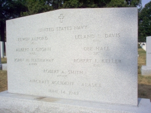 aircrew-06141942-gravesite-photo-september-2006-001 (800x600)