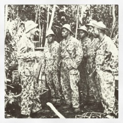 Fiji Commandos with their New Zealand commander.