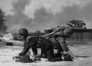 Marines struggling on the beach at saipan 5x7